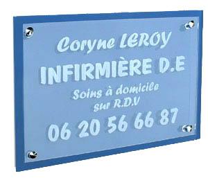 Plaque transparente avec support bleu