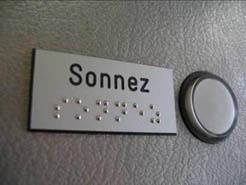 Plaque Braille etiquette sonnette